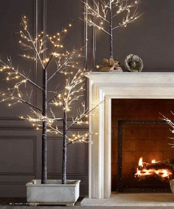 Decorate your Christmas tree with this string light.