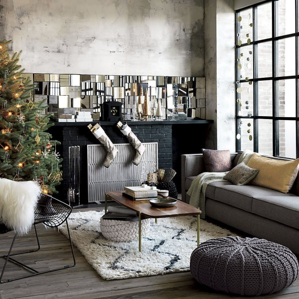 Eclectic living area decoration at Christmas.