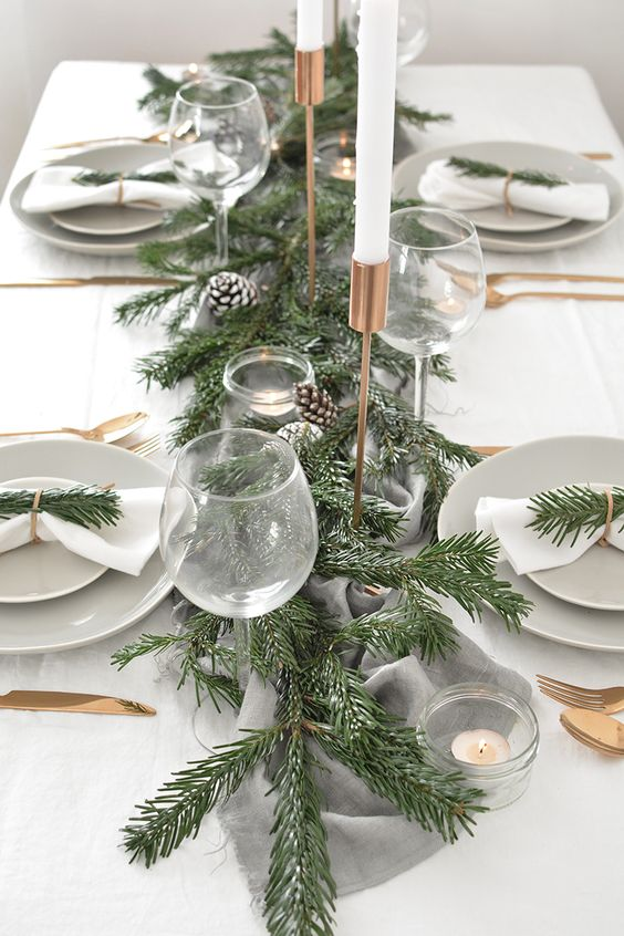 Enhancement of natural element on Christmas table decoration.