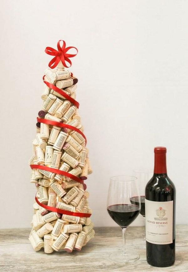 Exclusive wine cork Christmas tree.