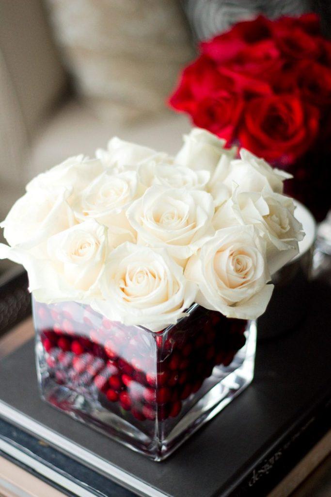 Fresh roses cenerpiece.