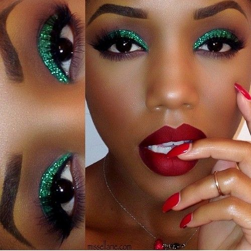 Glitter green eyes with red lips.