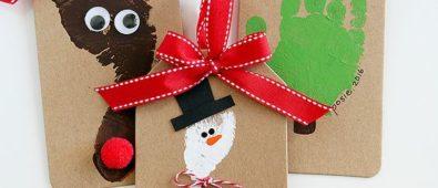 Lovely footprint reindeer craft for kids.