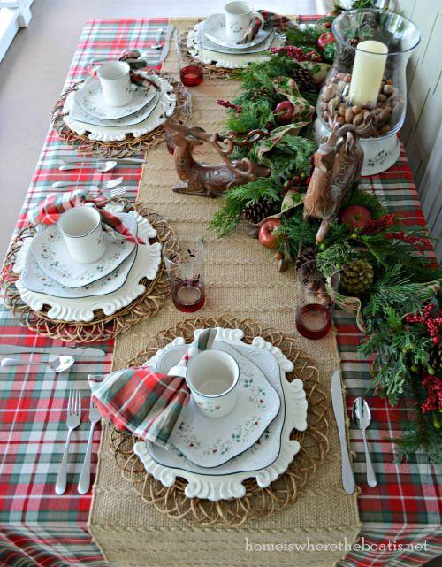 Marvelous Christmas woodland table setting.