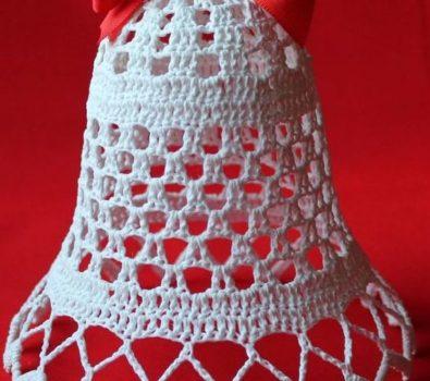 Nice crochet jingle bell for Christmas tree.
