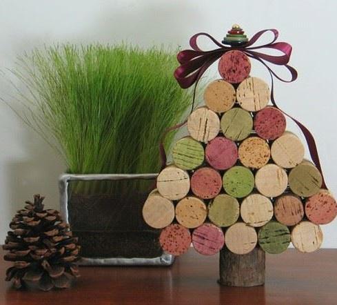Nice wine cork Christmas tree.