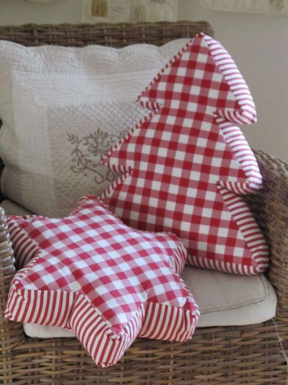 Star and Christmas tree shape pillows.