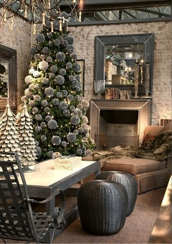 Stunning rustic touch modern home decor at the time of Christmas.