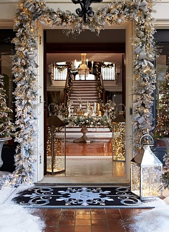 Swanky Christmas entry way decoration.