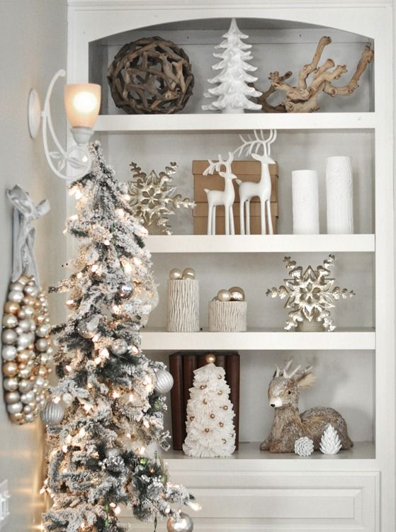 wonderful christmas decoration of silver and white theme