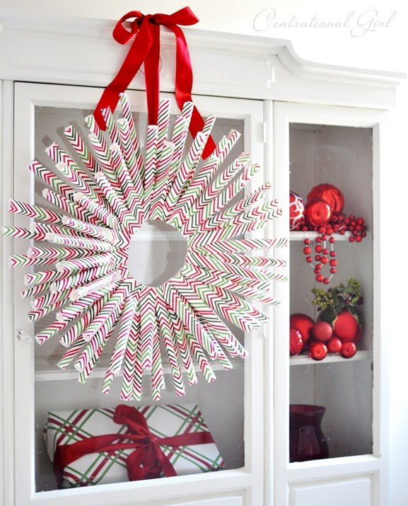 Awesome wrapping paper wreath.