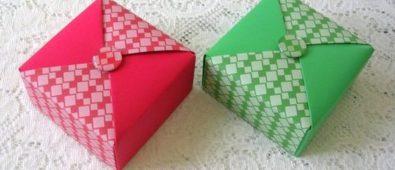 Diamond design holiday gift box.