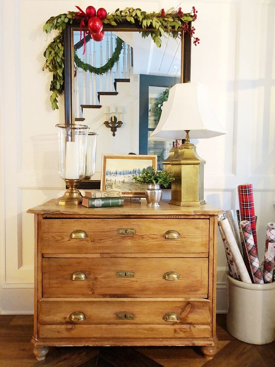 Fresh dresser decor idea.