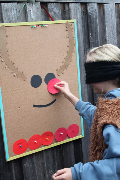 Pin the nose on Reindeer.