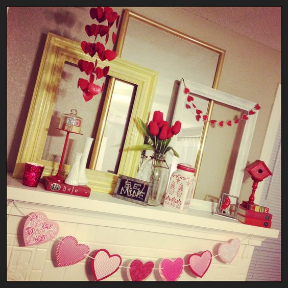 Adorable Valentine's day mantel.