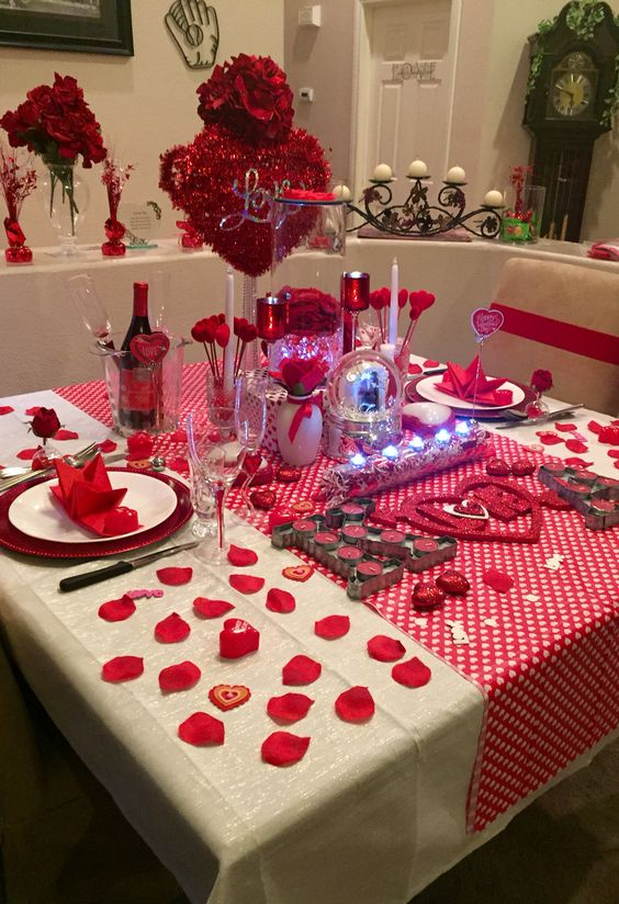 Charming Valentine's day table setting.