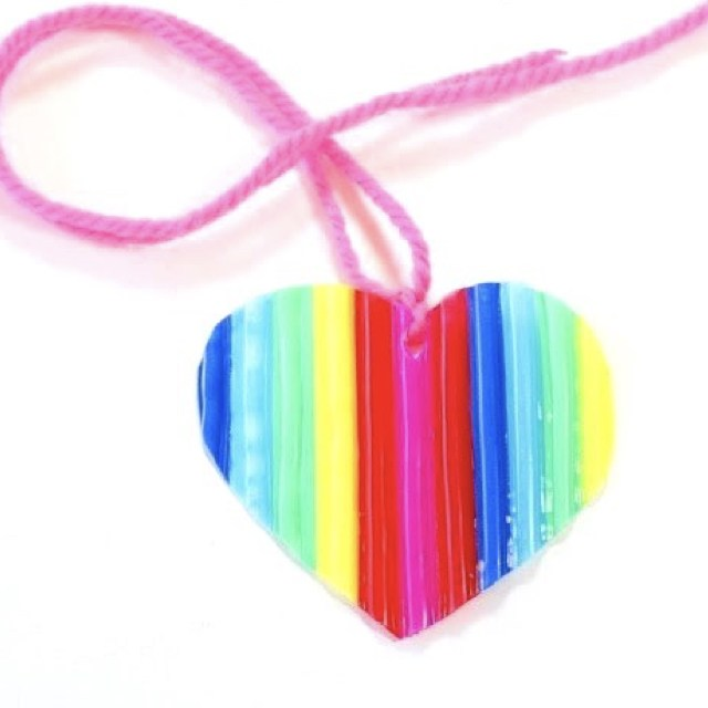 Colorful plastic straws heart keyring.