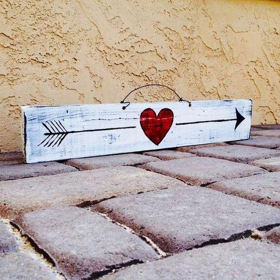 Cool love sign idea.