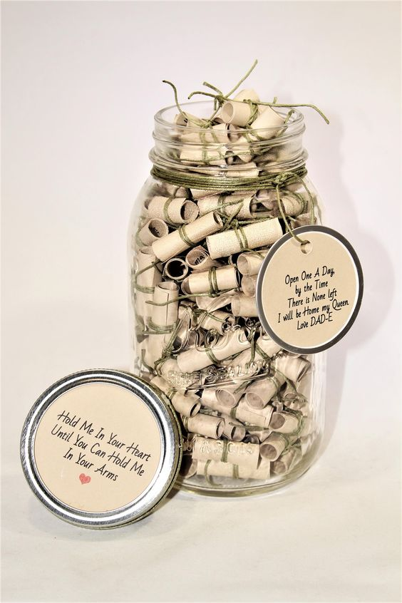 Creative idea to fill personalized messages in a jar.