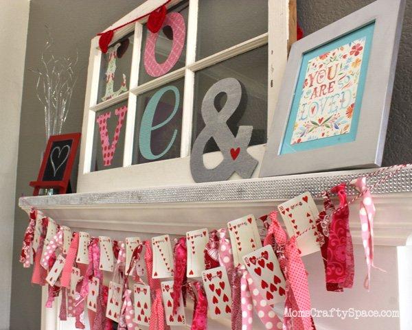 Cute valentines day heart card garland.