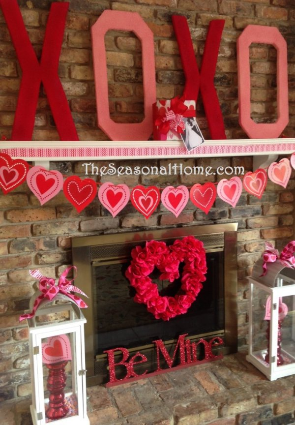DIY Valentine's day kisses and hugs mantel decoration idea.