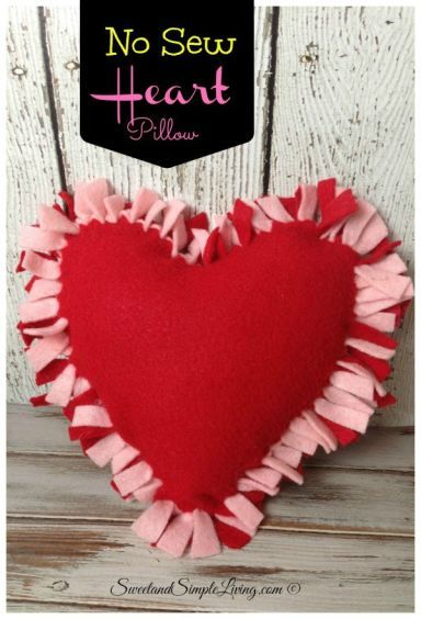 DIY felt heart craft.