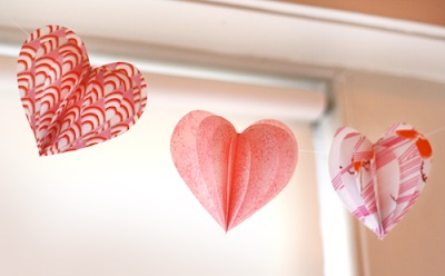 Dashing fabric heart garland.