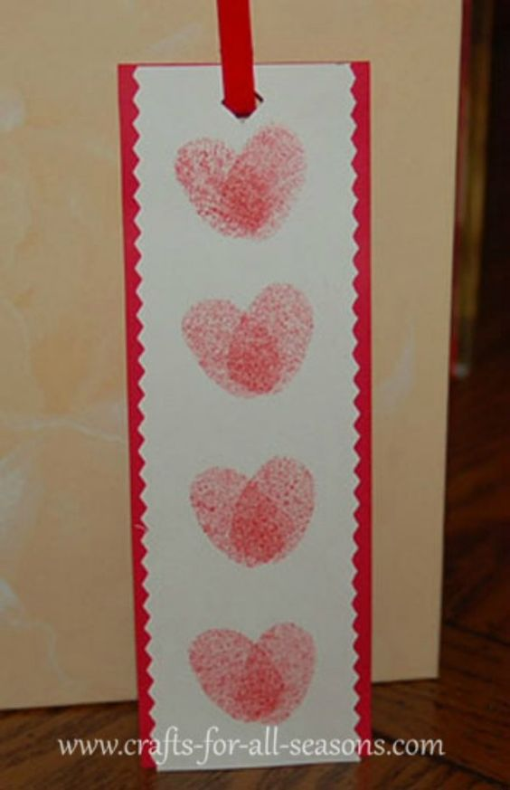 Dashing thumb print heart bookmark.