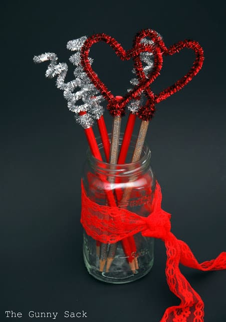 Dazzling Valentines day pencils craft.