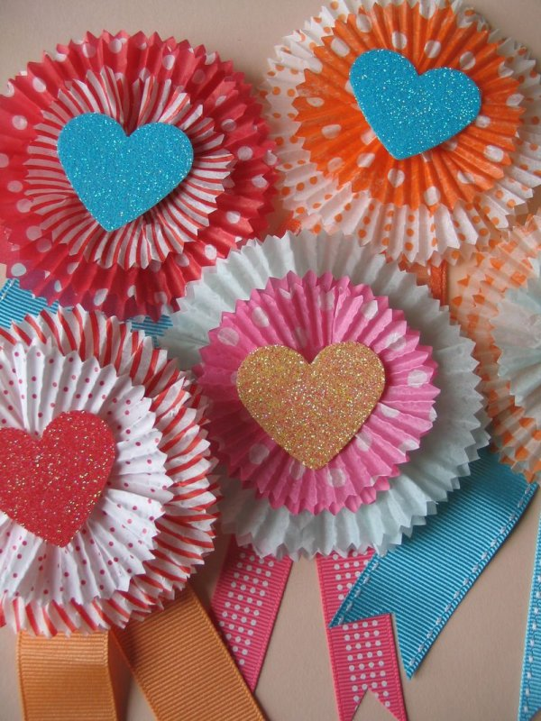 Easy cupcake liner cards.