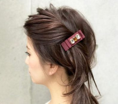 Easy hairdo for romantic day.