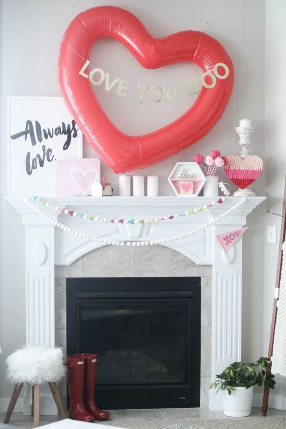 Easy mantel decoration at Valentines day.