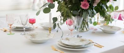 Elegant Valentine's day table setting with pink.