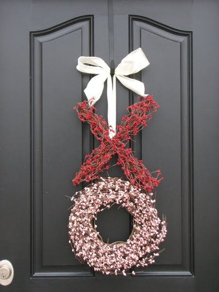 Fabulous XO wreath for valentine day.