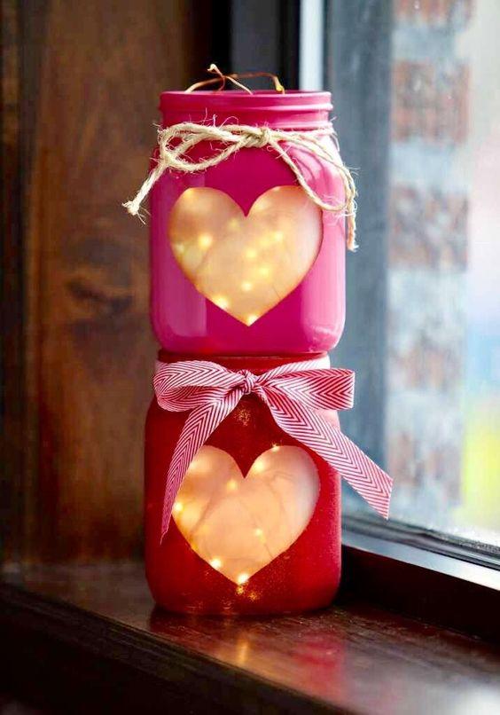 Fabulous illuminated mason jar craft.
