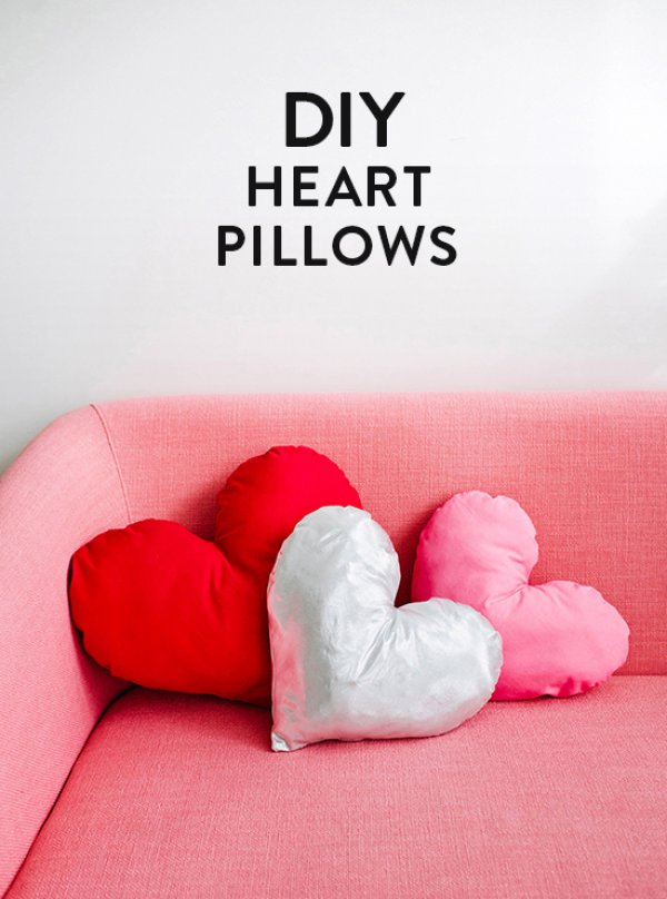 Fantastic diy heart pillows.