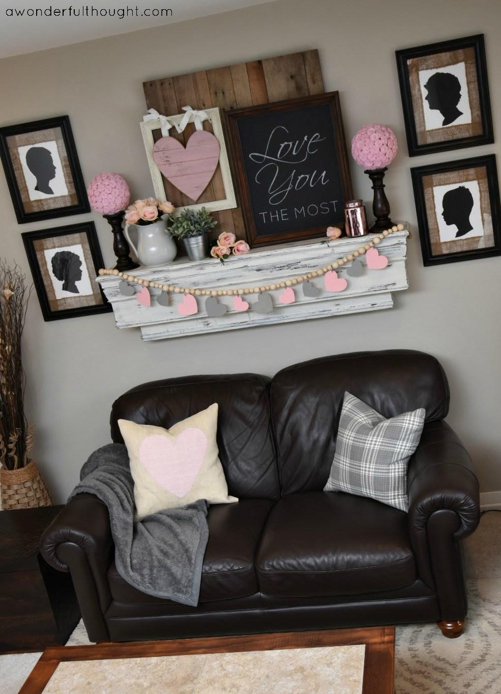 Fantastic pink & grey Valentine mantel decor.