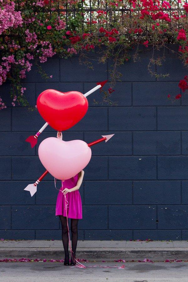 Giant cupids arrow balloons to surprise your boyfriend.