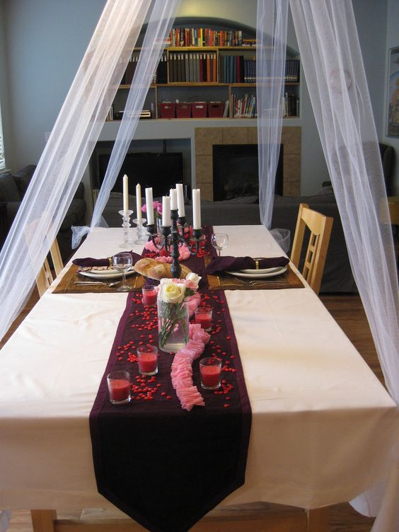 Gorgeous table setting for Valentine's day.