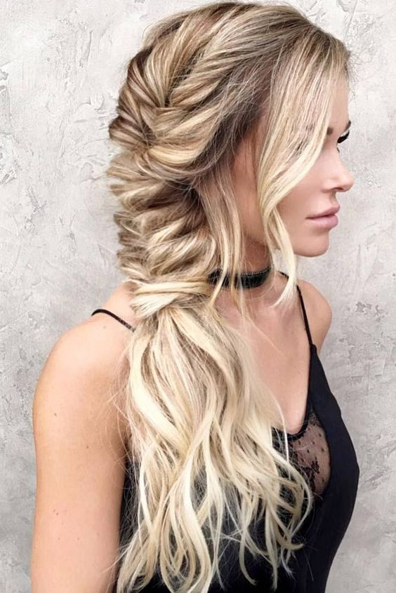 Graceful bohemian style braid.