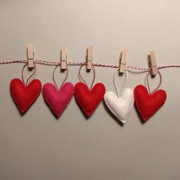 Hanging heart garland.