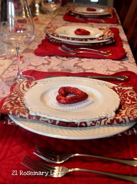 Impressive romantic date table setting idea.