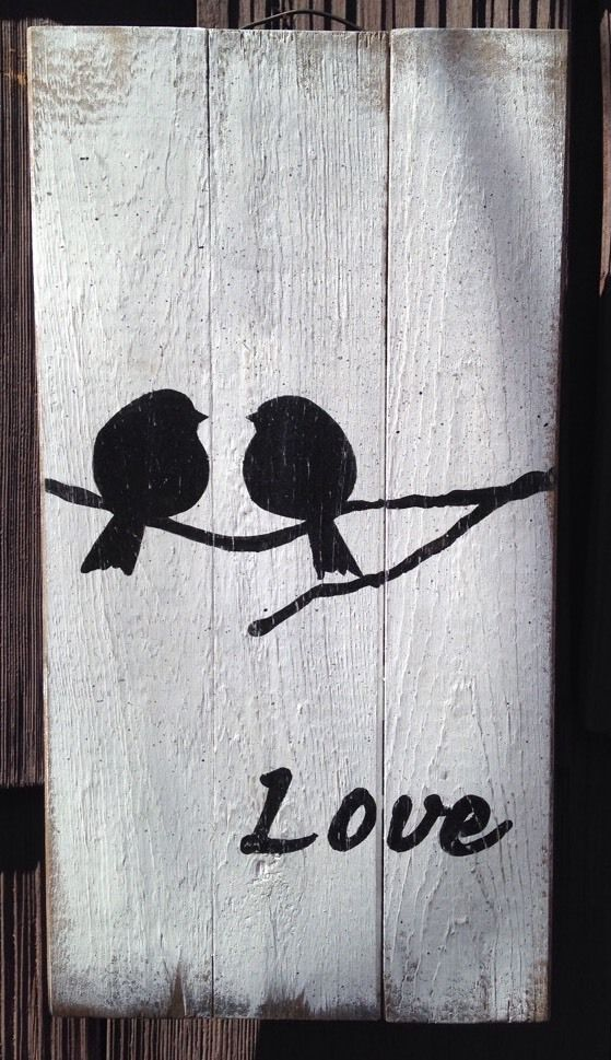 Love bird pallet sign board.