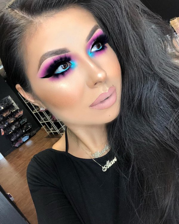 Love day inspired makeup for romantic date.