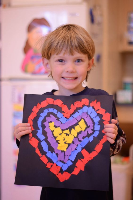 Lovely heart paper crafts for kids.