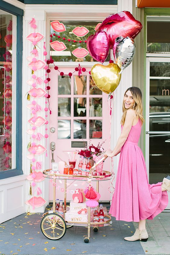 Red and pink lip themed party decor idea.