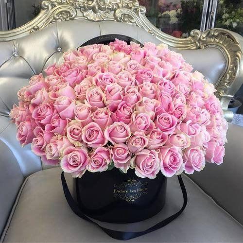 Rocking Valentines day floral arrangement.