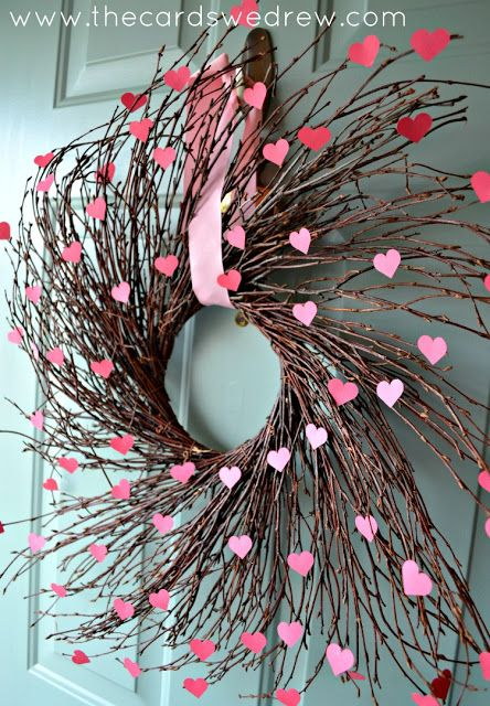 Rocking wooden wreath with little hearts.