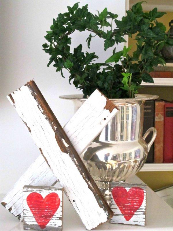 Rustic Valentines day decoration idea.