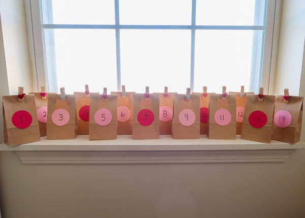 Simple brown paper bag countdown idea for V-day.